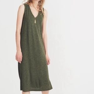 Madewell V Neck Jersey Midi Dress in Forest Green